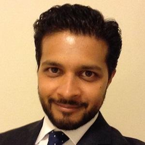 Dr Vivek Pandya